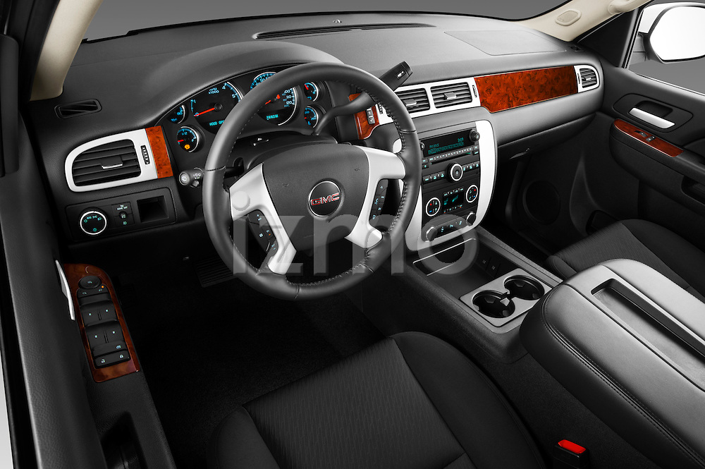High angle dashboard view of a 2012 GMC Yukon SLE