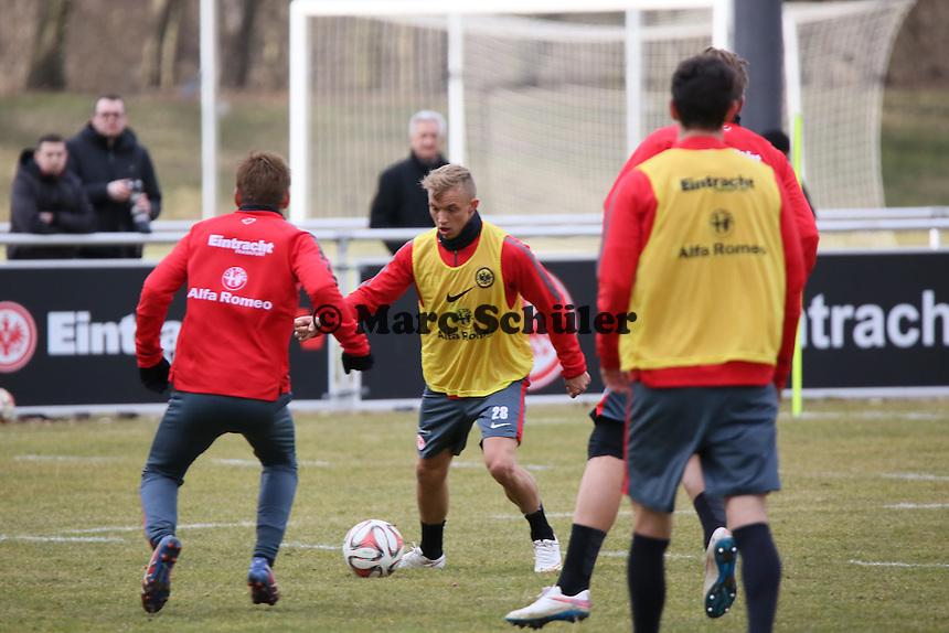 Sonny Kittel (Eintracht) setzt sich durch - Eintracht Frankfurt Training, Commerzbank Arena