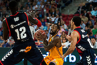 Baskonia's player Ilimane Diop and Shane Larkin and Herbalife Gran Canaria's player Bo McCalebb during the match of the semifinals of Supercopa of La Liga Endesa Madrid. September 23, Spain. 2016. (ALTERPHOTOS/BorjaB.Hojas)