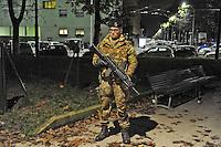 - Milano, novembre 2016, pattugliamento misto delle Forze dell'Ordine insieme all'Esercito per il controllo della criminalit&agrave; nelle zone a rischio della citt&agrave;<br /> <br /> - Milan, November 2016, mixed patrols of the police along with the Army for control of crime in risk areas of the city