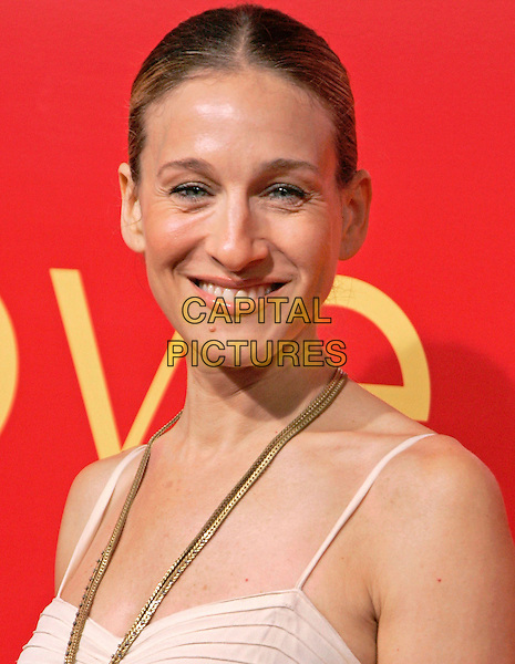 SARAH JESSICA PARKER.at the Cartier Charity Love Bracelet Party - Red Carpet Arrivals, New York City, NY, USA, 8 June 2006..portrait headhsot white dress gold necklace pendant wrinkles round eyes.Ref: ADM/JL.www.capitalpictures.com.sales@capitalpictures.com.©Jackson Lee/AdMedia/Capital Pictures.
