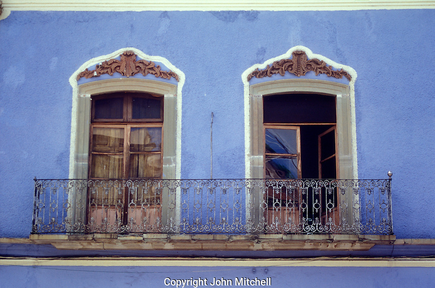 Balcony of a Spanish colonial house in the city of Guanajuato, Mexico. Guanajuato is a UNESCO World Heritage Site.
