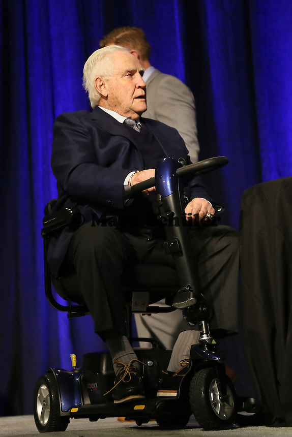 Trainerlegende Don Shula   - Don Shula High School Coach of the Year Award, Super Bowl XLIX, Convention Center Phoenix