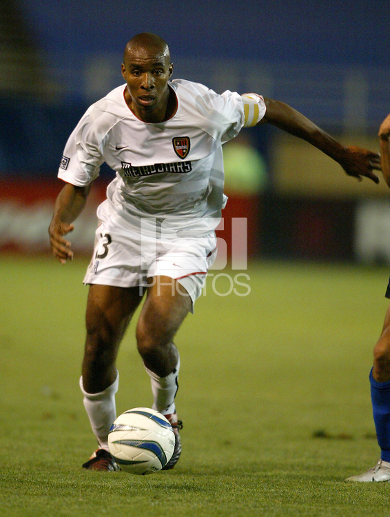 8 May 2004:  MetroStars Eddie Pope in action against Earthquakes at Spartan Stadium in San Jose, California.  Earthquakes and MetroStars are tied at 5-5..Mandatory Credit: Michael Pimentel/ISI