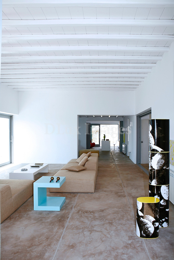 HARRIS & AGELOS FAMOUS  FASHION DESIGNERS IN GREECE BUILT THERE SUMMER HOUSES IN MIKONOS GREECE