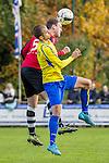 2015-10-25 / Voetbal / seizoen 2015-2016 / Schilde - Ternesse / Cedric Peeters (L. Schilde) met Christof Van Bouwel