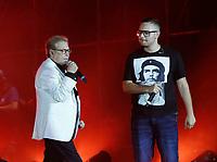 Nino D'Angelo festeggia i suoi 60 anni con un concerto nello stadio San Paolo di Napoli<br /> con Rocco Hunt