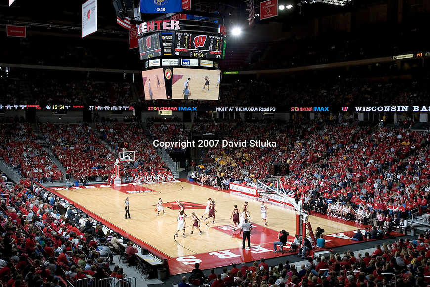 MADISON, WI - JANUARY 28: A general view of the Kohl Center during the Wisconsin Badgers game against the Minnesota Golden on January 28, 2007 in Madison, Wisconsin. The Badgers beat the Golden Gophers 70-57. (Photo by David Stluka)