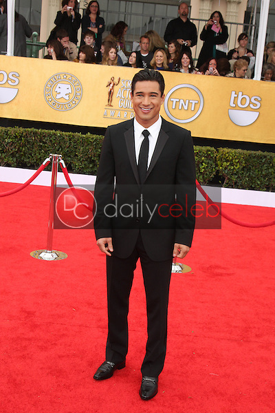 LOS ANGELES - JAN 30:  Mario Lopez arrives at the 2011 Screen Actors Guild Awards  at Shrine Auditorium on January 30, 2011 in Los Angeles, CA