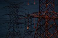 Linhas de transmissão da UHE Tucuruí/ELN.<br /> Tucuruí, Pará, Brasil.<br /> Foto Paulo Santos.<br /> 28/08/2013