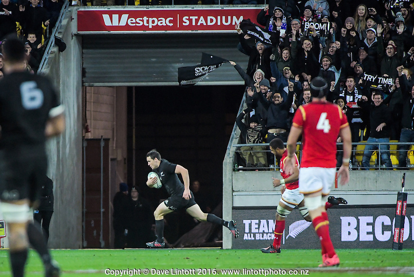 Ben Smith scores during the Steinlager Series rugby union match between the New Zealand All Blacks and Wales at Westpac Stadium, Wellington, New Zealand on Saturday, 18 June 2016. Photo: Dave Lintott / lintottphoto.co.nz