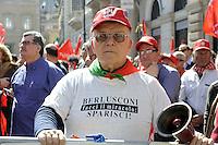 Roma, 2 Aprile 2011.Manifestazione regionale della CGIL verso lo sciopero generale del 6 Maggio, per il lavoro contro il Governo...Rome, April 2, 2011.Regional event of the Union CGIL to the general strike on May 6, for the work against the government..