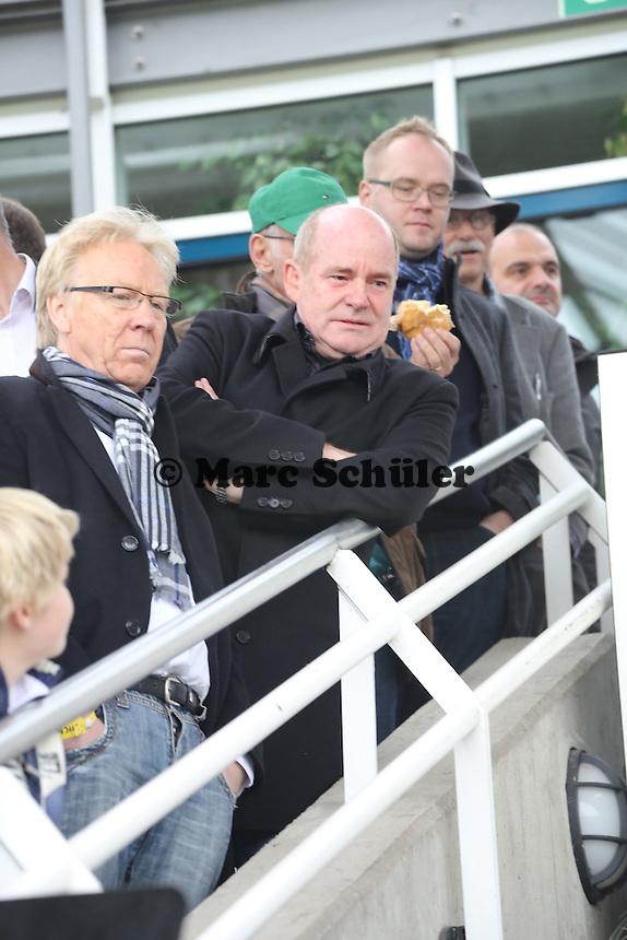 FFC Manager Siegfried Dietrich und Vorsitzender Bodo Adler (FFC)  bei der Auslosung zum DFB-Pokal der Frauen - 1. FFC Frankfurt vs. Bayer 04 Leverkusen