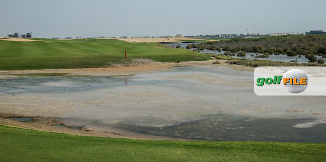 Reverse view of the 11th at Al Zorah Golf Club, Dubai, United Arab Emirates.  26/01/2016. Picture: Golffile   David Lloyd<br /> <br /> All photos usage must carry mandatory copyright credit (&copy; Golffile   David Lloyd)