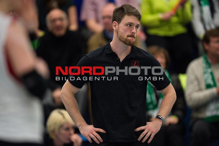 21.02.2015, Halle Berg Fidel, Muenster<br /> Volleyball, Bundesliga Frauen, USC M&uuml;Ÿnster / Muenster vs. Rote Raben Vilsbiburg<br /> <br /> Jonas Kronseder (Trainer / Coach Vilsbiburg)<br /> <br />   Foto &copy; nordphoto / Kurth