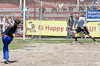 SÃO PAULO,SP,26.10.2013 - II JOGO BENEFICIENTE VETERANOSJUVENTUS x CRAQUES DO FUTEBOL BRASILEIRO -  O ex goleiro Veloso durante o II Jogo Beneficente realizado na manhã de hoje (26)  no Estádio da Rua Javari.( Foto Ale Vianna/Brazil Photo Press).