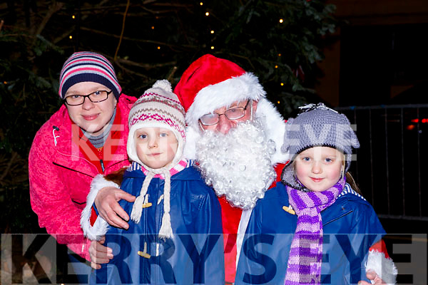 Anna Julia and Eva Kurdziel met Santa Claus at the  turning on the Christmas lights in Killorglin on Saturday evening