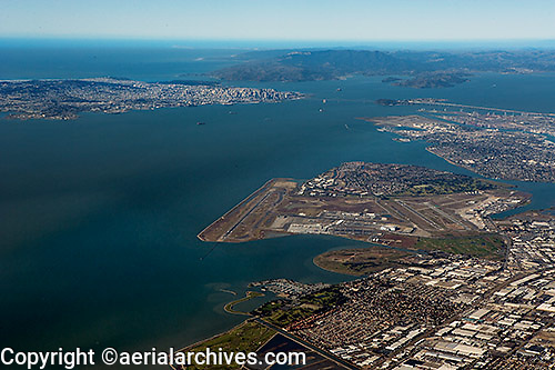 aerial photograph Oakland International airport