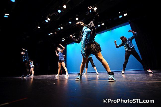 """Ashleyliane Dance Company hosting """"Far From Over"""" showcase at COCA in St. Louis, MO on Apr 25, 2009."""