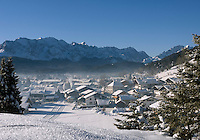 Germany, Bavaria, Upper Bavaria, Werdenfelser Land: Winter in Wallgau with Wetterstein mountains