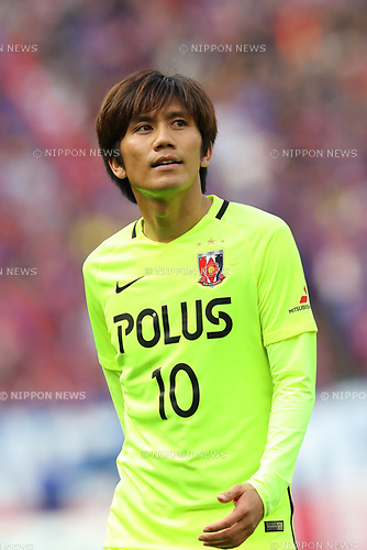 Yosuke Kashiwagi (Reds), <br /> APRIL 16, 2017 - Football / Soccer : <br /> 2017 J1 League match between F.C. Tokyo 0-1 Urawa Reds <br /> at Ajinomoto Stadium, Tokyo, Japan. <br /> (Photo by AFLO SPORT)