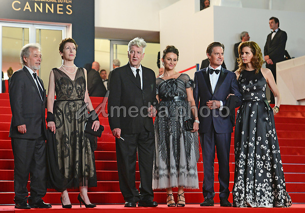"""25 May 2017 - Cannes, France - Guest, Sabrina Sutherland, Emily Stofle, David Lynch, Kyle MacLa. """"Twin Peaks"""" Premiere - The 70th Annual Cannes Film Festival. Photo Credit: Jan Sauerwein/face to face/AdMedia"""