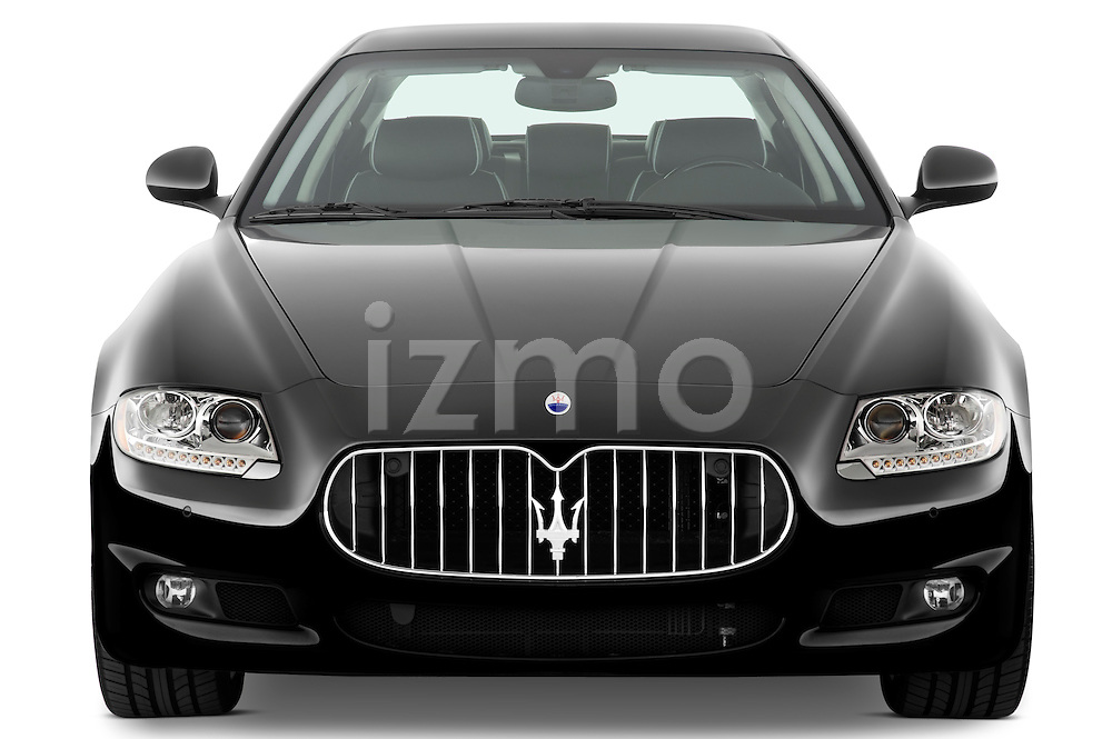 Straight front view of a 2009 Maserati Quattroporte S Sedan