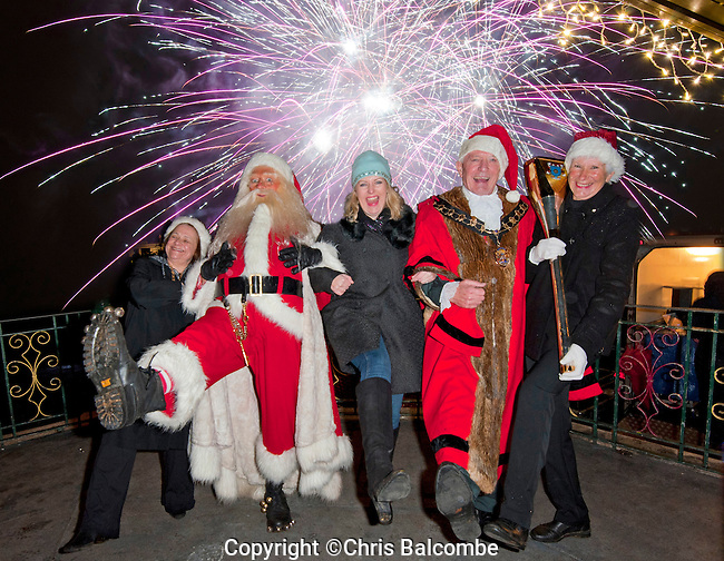 Christmas Parade and lights switch-on, plus fireworks, in Eastleigh.<br /> <br /> <br /> Pic: Chris Balcombe /Free for use in all media