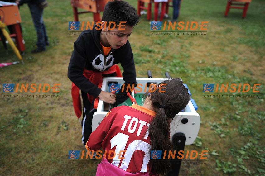 Villaggio Tifosi. Biliardino.Il gruppo continua l'allenamento pomeridiano Riscone di Brunico (BZ) 06/07/2012 Allenamento As Roma.Football Calcio 2012/2013 .Foto Insidefoto Christian Mantuano