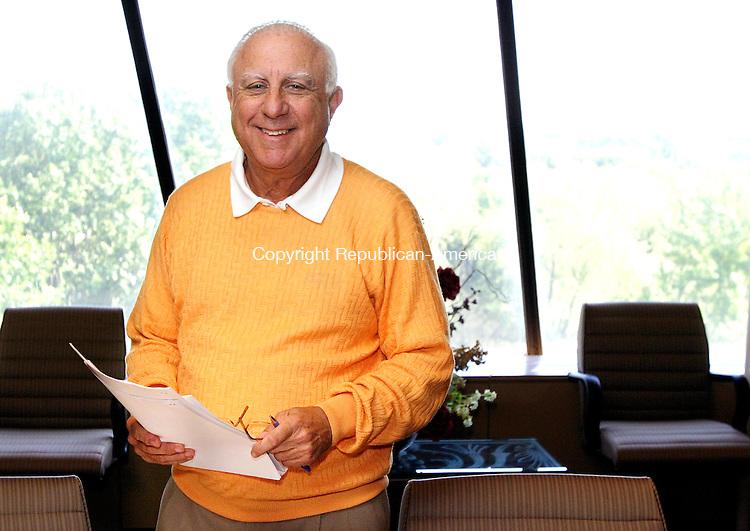 WATERBURY, CT. 08  September  2005-090805SV02--Norman Drubner a Malcolm Baldrige award winner works in his Waterbury office Thursday.<br />  Steven Valenti / Republican-American