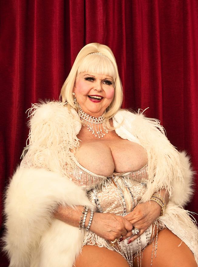 Burlesque Legend Candy Carmelo at Burlesque Hall of Fame Exotic World - Titans of Tease Burlesque Reunion Showcase
