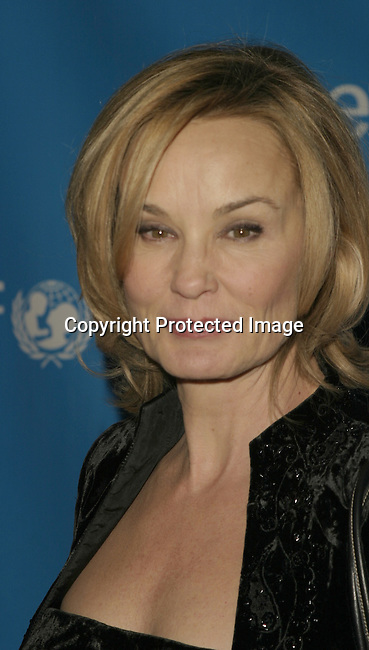 Jessica Lange<br />UNICEF Goodwill Gala to Celebrate 50 Years of Celebrity Advocacy <br />Beverly Hilton Hotel<br />Beverly Hills, CA, USA<br />December 3, 2003 <br />Photo By Celebrityvibe.com/Photovibe.com