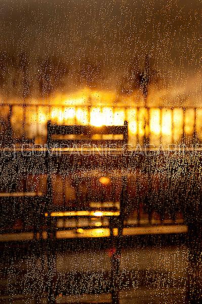 Raindrops on a window at sunset (Belgium, 23/03/2014)