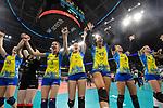 24.02.2019, SAP Arena, Mannheim<br /> Volleyball, DVV-Pokal Finale, SSC Palmberg Schwerin vs. Allianz MTV Stuttgart<br /> <br /> Jubel Schwerin nach Matchball / Sieg<br /> Denise Hanke (#10 Schwerin), Anna Pogany (#4 Schwerin), Ralina Doshkova (#3 Schwerin), Tessa Polder (#5 Schwerin), Lauren Barfield (#12 Schwerin), Kimberly Drewniok (#8 Schwerin), Britt Bongaerts (#7 Schwerin)<br /> <br />   Foto © nordphoto / Kurth