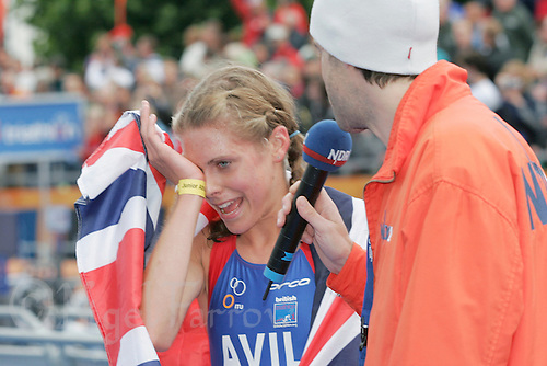 31 AUG 2007 - HAMBURG, GER - Hollie Avil wins the Junior Womens World Triathlon Championships. (PHOTO (C) NIGEL FARROW)