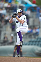 Winston-Salem Dash relief pitcher Zach Thompson (32) in action against the Salem Red Sox at BB&T Ballpark on April 22, 2018 in Winston-Salem, North Carolina.  The Red Sox defeated the Dash 6-4 in 10 innings.  (Brian Westerholt/Four Seam Images)