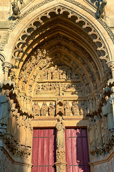 Gothic statues on the west entrance of the Cathedral of Notre-Dame, Amiens, France