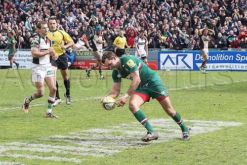 11.05.2013 Leicester, England. Leicester Tigers Niall Morris scores a try during the Aviva Premiership Semi Final game between Leicester Tigers and Harlequins from Welford Road.