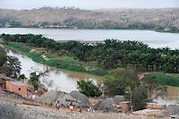 Afrika ANGOLA Landwirtschaft am Fluss Keve zwischen Sumbe und Binga / Africa ANGOLA farming at river Keve near Sumbe and Binga