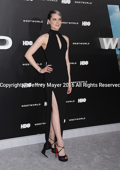 HOLLYWOOD, CA - SEPTEMBER 28: Actress Evan Rachel Wood attends the premiere of HBO's 'Westworld' at TCL Chinese Theater on September 28, 2016 in Hollywood, California.