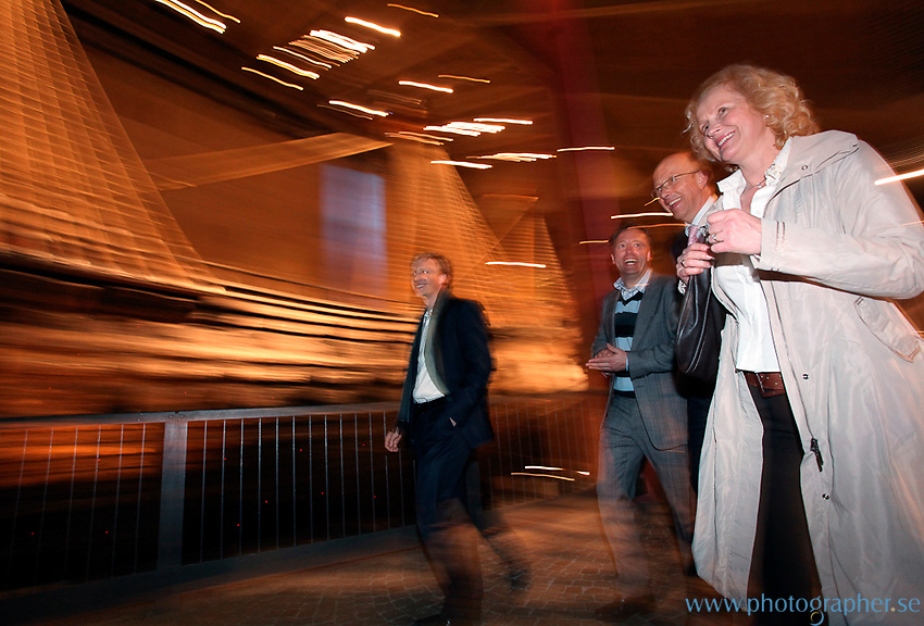Stockholm Photographer Johan Jeppsson specialises in creative corporate photography for businesses and magazines. He works on-location and also supplies business with Conference, Convention, Awards, Event and Portrait Photography.