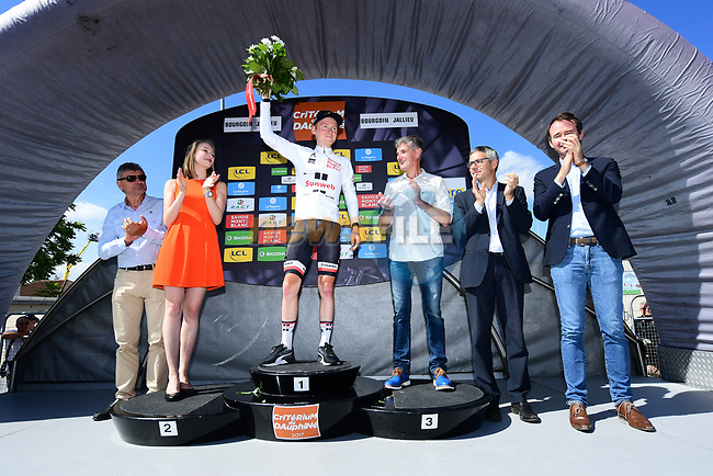 Sam Oomen (NED) Team Sunweb takes over the young riders white jersey at the end of Stage 4 of the Criterium du Dauphine 2017, an individual time trial running 23.5km from La Tour-du-Pin to Bourgoin-Jallieu, France. 7th June 2017. <br /> Picture: ASO/A.Broadway | Cyclefile<br /> <br /> <br /> All photos usage must carry mandatory copyright credit (&copy; Cyclefile | ASO/A.Broadway)