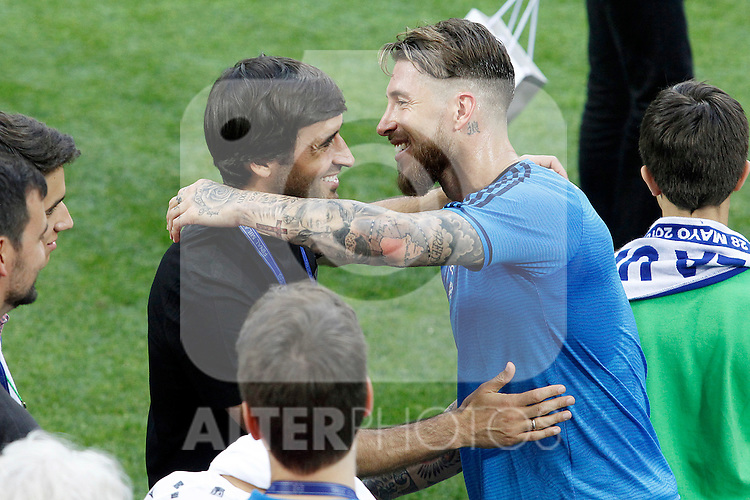 Real Madrid's legend Raul Gonzalez with Sergio Ramos during Champions League 2015/2016 training session. May 27,2016. (ALTERPHOTOS/Acero)