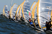 Medemblik - the Netherlands, May 29th 2009. Delta Lloyd Regatta in Medemblik (27/31 May 2009). Day 3. Start RS:X Men