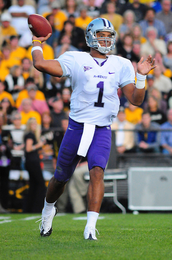 18 October 08: K-State quarterback Josh Freeman passes against Colorado. The Colorado Buffaloes defeated the Kansas State Wildcats 14-13 at Folsom Field in Boulder, Colorado.