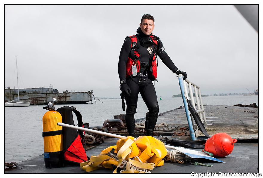 Lorient<br /> Commandos Marine.<br /> ENSEIGNE DE VAISSEAU GW&Eacute;NAEL<br /> KERMABON, DIT &laquo; K&Eacute;K&Eacute; &raquo;.