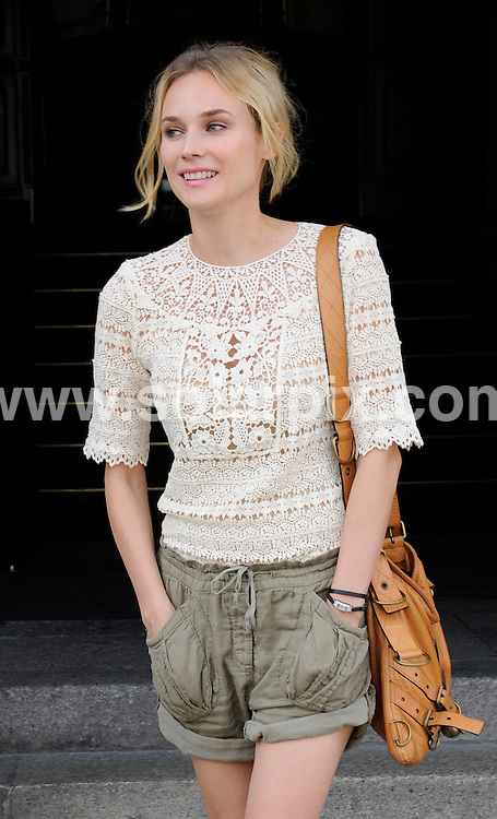 **ALL ROUND EXCLUSIVE PICTURES FROM SOLARPIX.COM**.**SYNDICATION RIGHTS FOR UK AND SPAIN ONLY**.Diane Kruger seen leaving the Hotel de Rome in Berlin, during the 2009 Berlin fashion week. 2 July 2009.This pic: Diane Kruger..JOB REF: 9399 CPR (Müller) DATE: 02_07_2009.**MUST CREDIT SOLARPIX.COM OR DOUBLE FEE WILL BE CHARGED**.**ONLINE USAGE FEE GBP 50.00 PER PICTURE - NOTIFICATION OF USAGE TO PHOTO @ SOLARPIX.COM**.**CALL SOLARPIX : +34 952 811 768 or LOW RATE FROM UK 0844 617 7637**