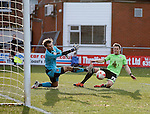 Dean Hammond of Sheffield Utd misses a chance to score as Chris Maxwell of Fleetwood Town makes himself big - English League One - Fleetwood Town vs Sheffield Utd - Highbury Stadium - Fleetwood - England - 5rd March 2016 - Picture Simon Bellis/Sportimage