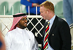 Rangers v Energie Cottbus 18.1.2003, Dubai al sahbab stadium: Alex McLeish chats to local officials before the match