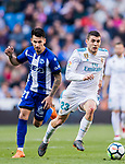 Mateo Kovacic (R) of Real Madrid fights for the ball with Hernan Arsenio Perez of Deportivo Alaves during the La Liga 2017-18 match between Real Madrid and Deportivo Alaves at Santiago Bernabeu Stadium on February 24 2018 in Madrid, Spain. Photo by Diego Souto / Power Sport Images